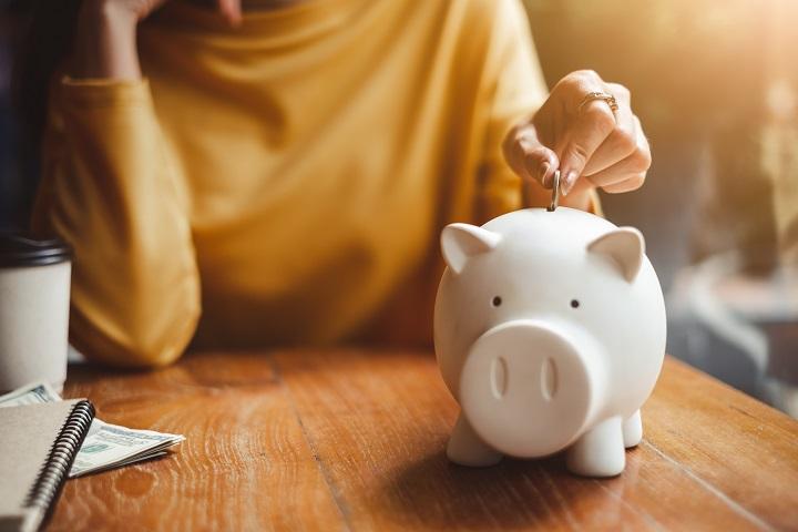 Les avantages d'un REEE par rapport à un compte d'épargne classique